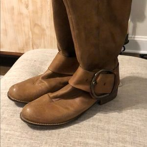 Steve Madden riding boots in size 7